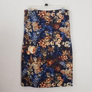 2/$20 - M Pencil Skirt by Agnes & Dora